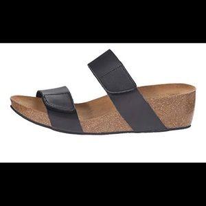 New Lola Sabbia for Eric Michael Black Sandals